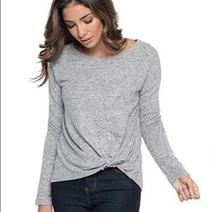Gray knot long sleeve shirt!
